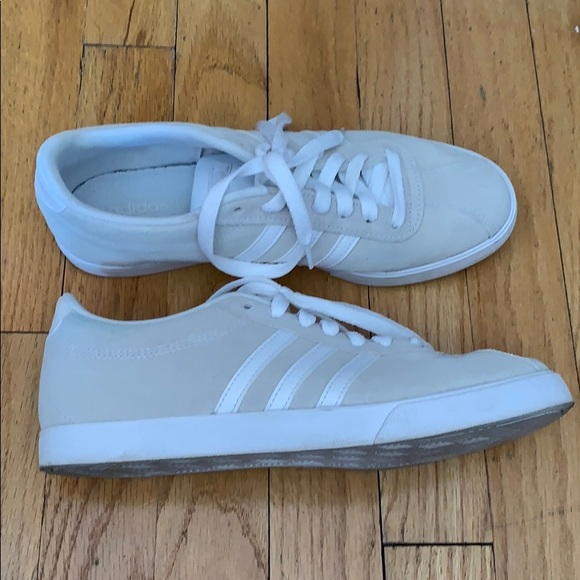 4fd61ccd65f71 Adidas beige sneakers. Suede and leather exterior.